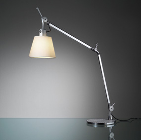 Tolomeo With Shade Table