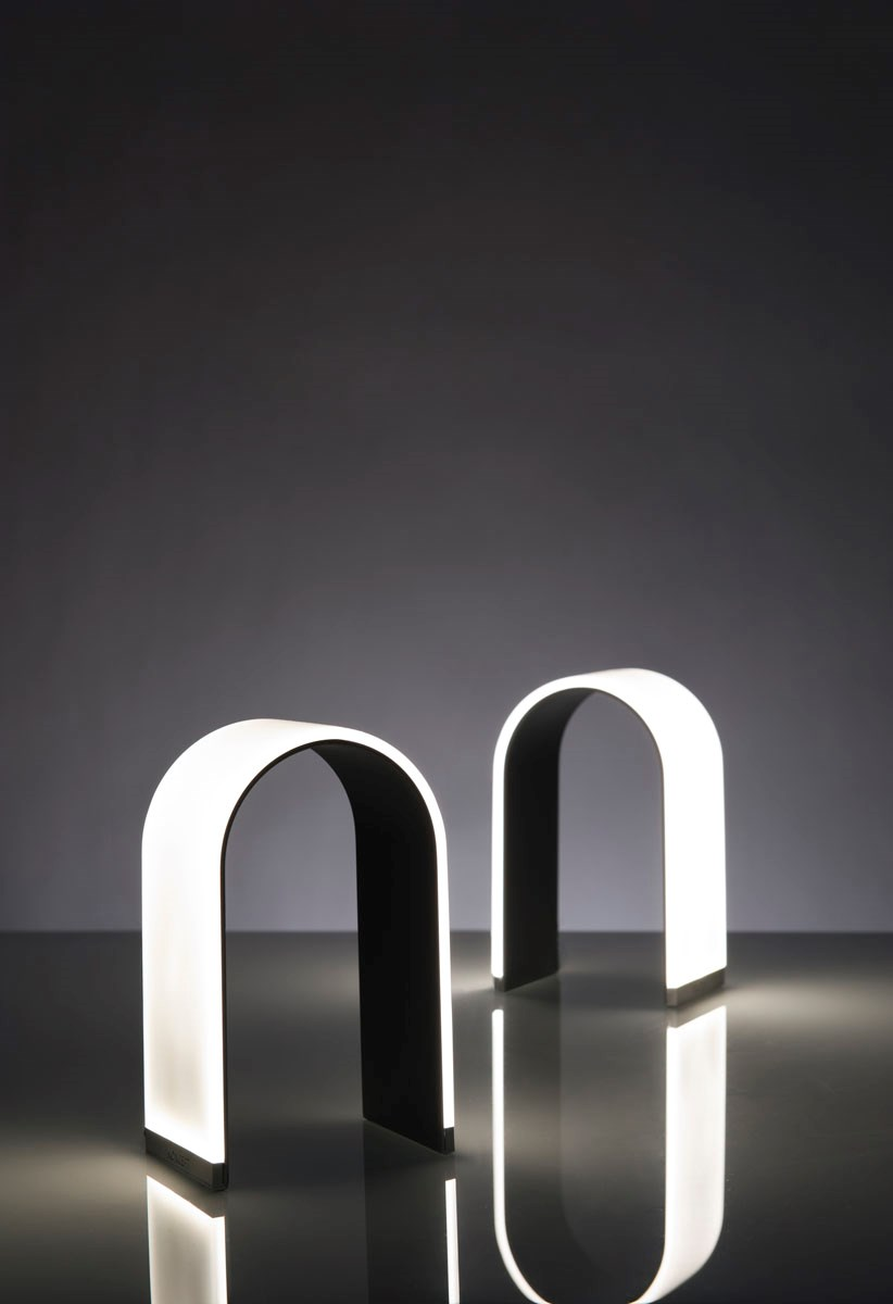 Koncept table lamp mr n led table lamp for Koncept design